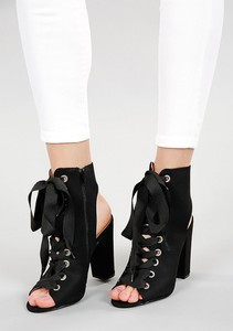 164d3e520b001 czarne botki z odkrytymi palcami. - stylowo i modnie z Allani
