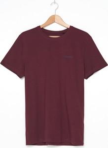 Czerwony t-shirt House z bawełny z krótkim rękawem