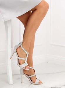 b57d865b9a7a0 białe sandały na szpilce. - stylowo i modnie z Allani