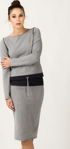 Bluza Tessita w młodzieżowym stylu krótka z dresówki