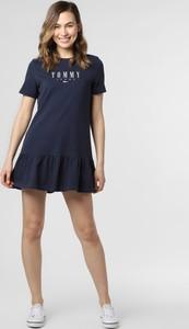 Niebieska sukienka Tommy Jeans z krótkim rękawem mini baskinka