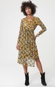 Sukienka born2be z długim rękawem midi z dekoltem w kształcie litery v