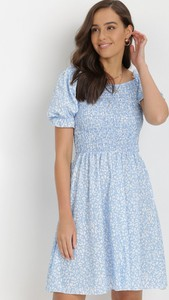 Niebieska sukienka born2be mini trapezowa