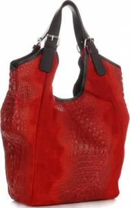 Czerwona torebka Vera Pelle duża w wakacyjnym stylu ze skóry