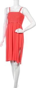Czerwona sukienka Féraud z dekoltem w kształcie litery v