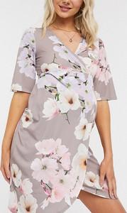 Różowa sukienka Blume Maternity midi bandażowa