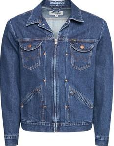Niebieska kurtka Wrangler z jeansu krótka