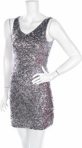 Srebrna sukienka Jennifer Taylor mini na ramiączkach