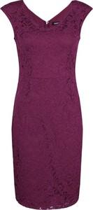 Sukienka DKNY z dekoltem w kształcie litery v
