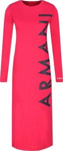 Różowa sukienka Armani Jeans z okrągłym dekoltem