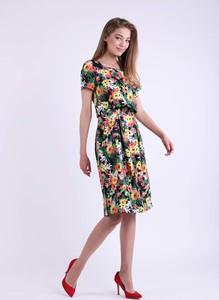 Sukienka Nommo z okrągłym dekoltem bombka z krótkim rękawem