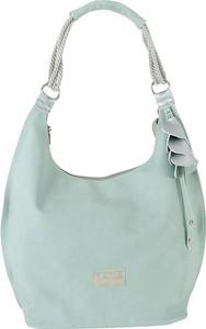 Zielona torebka Carla Berry na ramię w wakacyjnym stylu