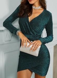 Zielona sukienka Cikelly dopasowana mini z długim rękawem