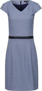 Sukienka More & More z krótkim rękawem z dekoltem w kształcie litery v