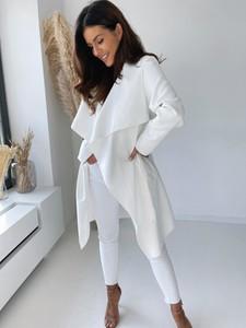 Płaszcz Versada z wełny w stylu casual