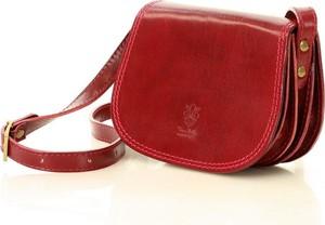 Czerwona torebka Vera Pelle na ramię w stylu glamour