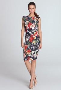 Sukienka Nife z tkaniny bez rękawów