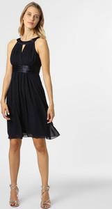 Sukienka Marie Lund z dekoltem halter mini z satyny