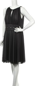 Czarna sukienka La Nouvelle Renaissance z okrągłym dekoltem mini