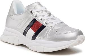 Buty sportowe Tommy Hilfiger sznurowane w sportowym stylu