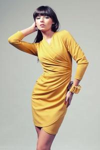 Sukienka sukienki.pl z długim rękawem z tkaniny kopertowa