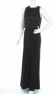 Czarny Luxuar Limited w stylu glamour