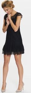 Czarna sukienka Top Secret z okrągłym dekoltem mini