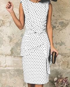 Sukienka Kendallme ołówkowa z okrągłym dekoltem z krótkim rękawem