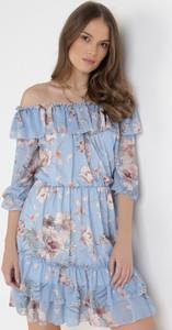 Niebieska sukienka born2be z długim rękawem