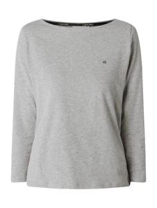 Bluzka Calvin Klein z długim rękawem z dekoltem w łódkę z bawełny
