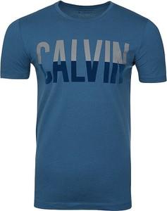 T-shirt Calvin Klein (wszystkie Linie) w młodzieżowym stylu z bawełny