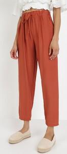 Pomarańczowe spodnie born2be