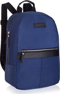 Niebieski plecak męski Betlewski