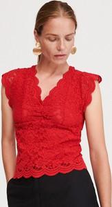 Czerwona bluzka Reserved bez rękawów