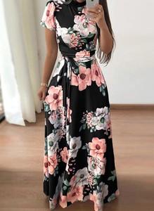 Czarna sukienka Arilook w stylu boho z krótkim rękawem z okrągłym dekoltem