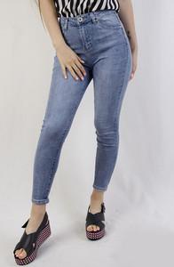 090f210173 Jeansy olika w młodzieżowym stylu z jeansu