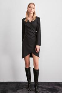 Czarna sukienka Trendyol mini w stylu casual