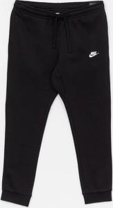 Czarne spodnie sportowe Nike z bawełny