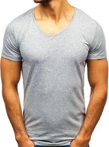 T-shirt Denley w street stylu