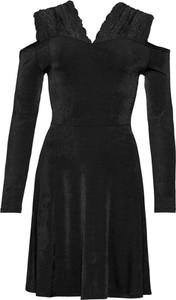 Czarna sukienka bonprix BODYFLIRT z dekoltem w kształcie litery v z dżerseju