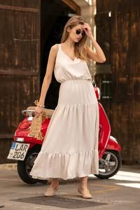 Sukienka Fobya bez rękawów z dekoltem w kształcie litery v