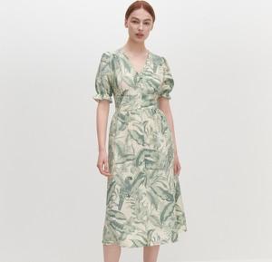 Sukienka Reserved midi z dekoltem w kształcie litery v z krótkim rękawem