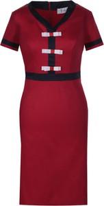 Sukienka Fokus dopasowana w stylu casual z krótkim rękawem
