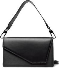 Czarna torebka Gino Rossi w młodzieżowym stylu średnia matowa