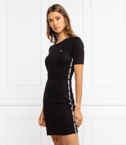 Czarna sukienka Tommy Jeans z okrągłym dekoltem mini