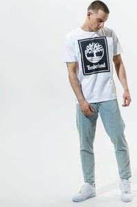 T-shirt Timberland z nadrukiem w młodzieżowym stylu z krótkim rękawem