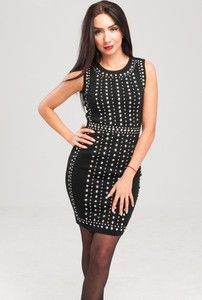 Czarna sukienka Butik Ecru z okrągłym dekoltem mini dopasowana