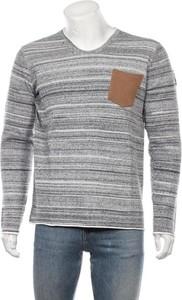 Sweter Le temps des cerises z okrągłym dekoltem w młodzieżowym stylu