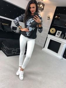 Czarna bluza Divinostyle w stylu glamour