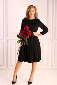 Czarna sukienka MERRIBEL z długim rękawem rozkloszowana